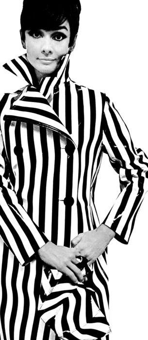 Audrey Hepburn by William Klein for Vogue  Paris, November 1965
