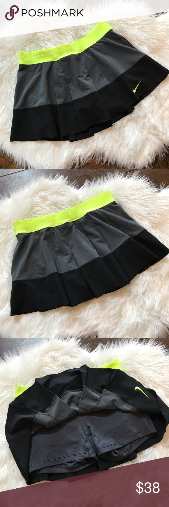 Nike Skirt Nike Skirt. Size M. Very excellent used condition ! No trades. If you like something, please use the offer button, I may not respond to offers in comments. I play by Posh's rules. Bundle for UP TO a 25% discount as well as saving on your shipping! Play nice and happy shopping! Nike Skirts Mini