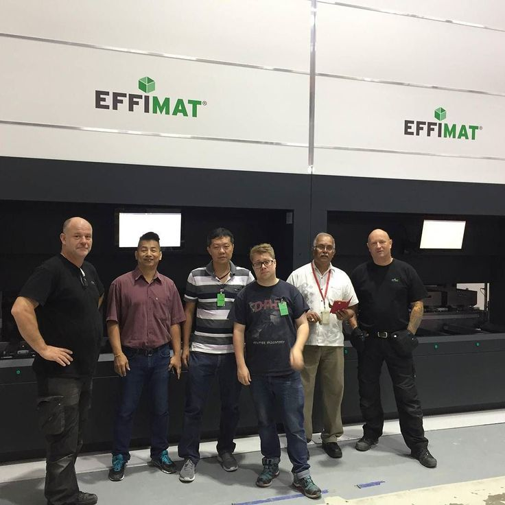 Our great assembly team is just now finishing another project in Singapore and training local service partners and operators. Proud to deliver more EffiMats to the international Corporation Sanmina SCI.  #singapore#customer#asia#partner #goodjob#lagertechnik#lagersystem#storagetechnology#odenseby#mitodense#workplace#production#training#innovativethinking#dniv#Danish#warehouse#EffiMat#logistics#thursday#benefit#improvement#asien#workingconditio#installation#effimatgoesinternational#team…
