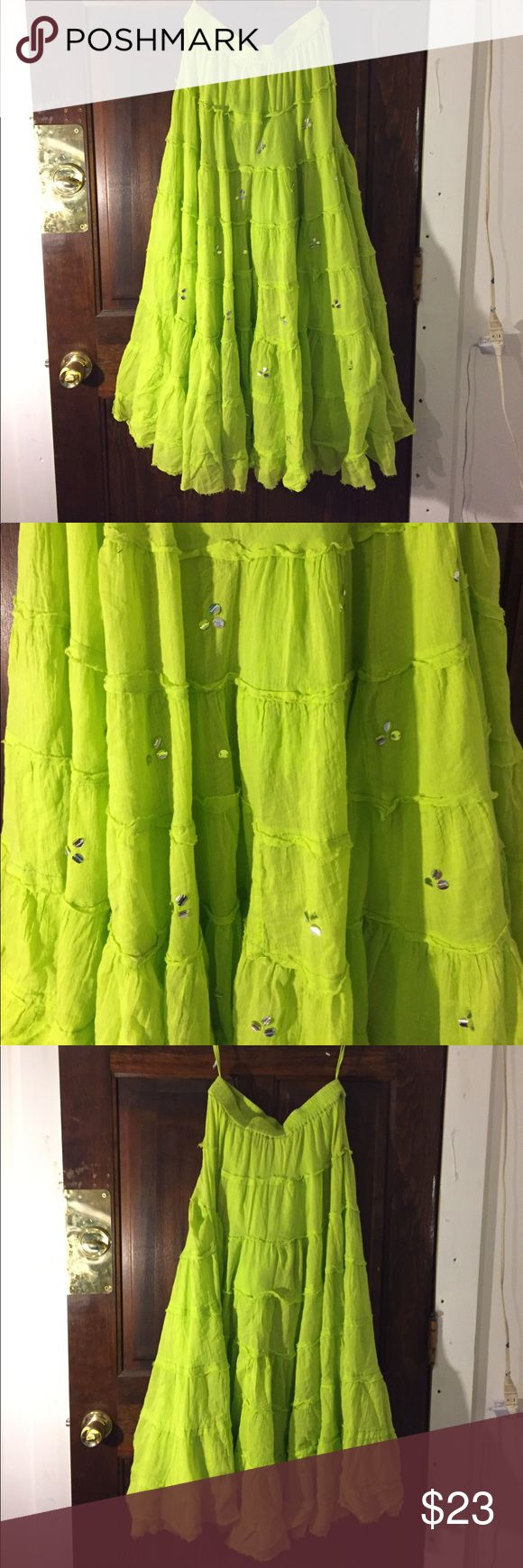 Beautiful skirt This skirt is awesome it was made in India and that is awesome for the style of skirt 💕💖 raja Skirts Maxi