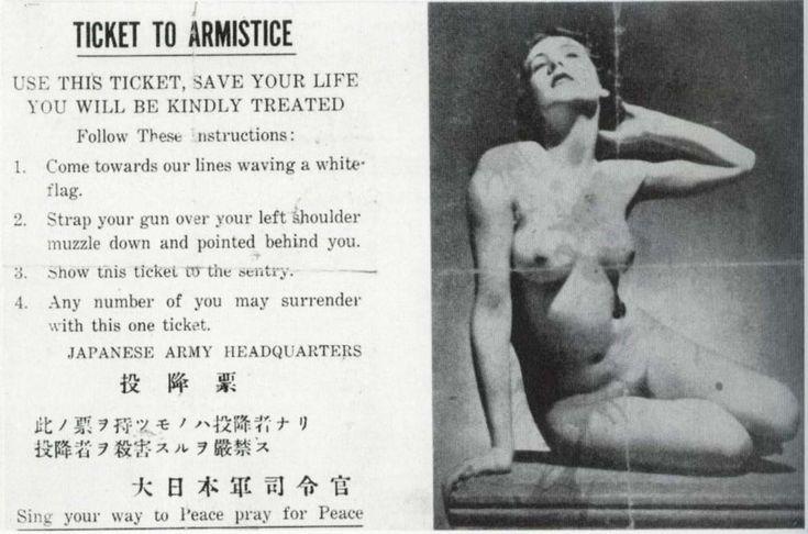 Cosa troverete: il Biglietto di armistizio lussurioso ideato dai giapponesi; un Kwakwaka'wakw che fa affumicare la mamma; un cacciatore di ratti che esce festoso da un tombino; l'allegra (si fa per dire) famiglia vincitrice del premio Fittest Family; l'iconica foto del lattaio fra le rovine di Londra; un padre che conforta suo figlio malato d'AIDS sul letto di morte; la foto più intelligente mai realizzata: 17 dei 29 ritratti sono stati o sono diventati vincitori del premio Nobel; la…