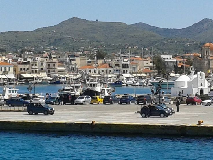 The town of Aegina from the ferry boat