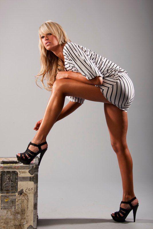 Kelly kelly legs sexy wwe