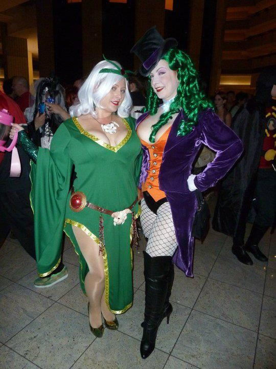 Plus size joker dress