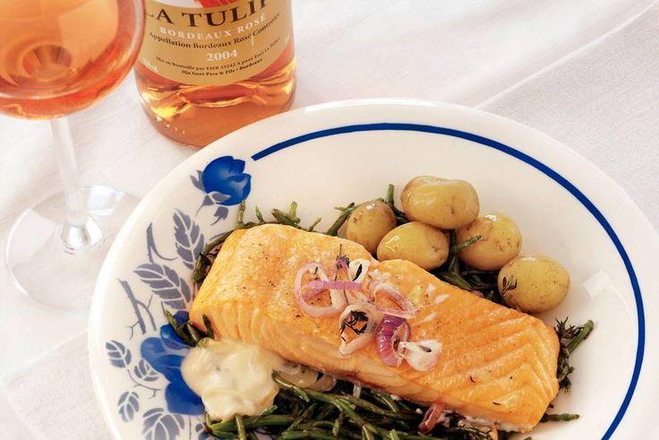 Kijk wat een lekker recept ik heb gevonden op Allerhande! Zalm uit de oven met zeekraal en rosé