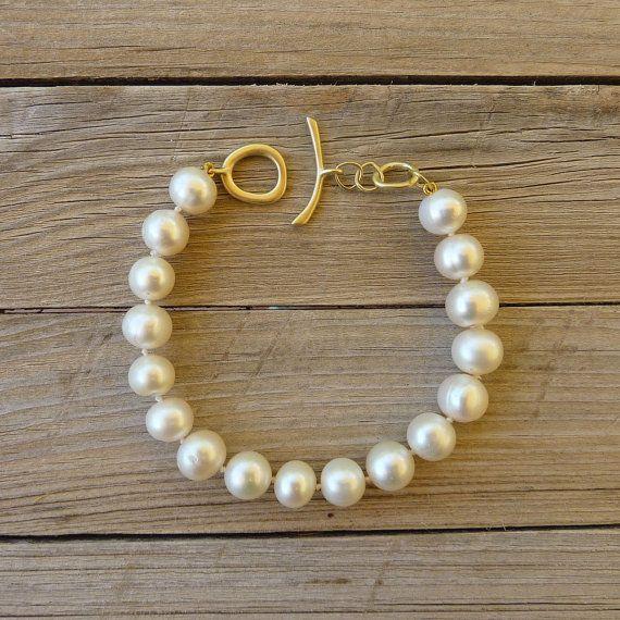 Pearl Bracelet 18K Gold Bracelet White Freshwater by RuthaJewelry