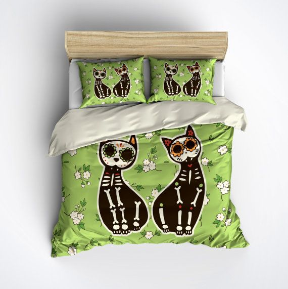 Featherweight Sugar Skull Cat Bedding  Sugar Skull by InkandRags