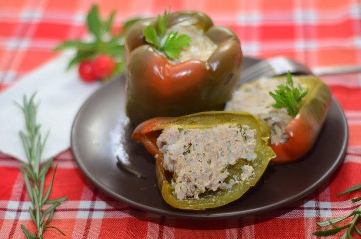 Фаршированный перец с фаршем из индейки | Это всегда желанное блюдо на столе.Продукты легко можно найти на рынке или в магазине. И времени уйдет на приготовление этого блюда немного.