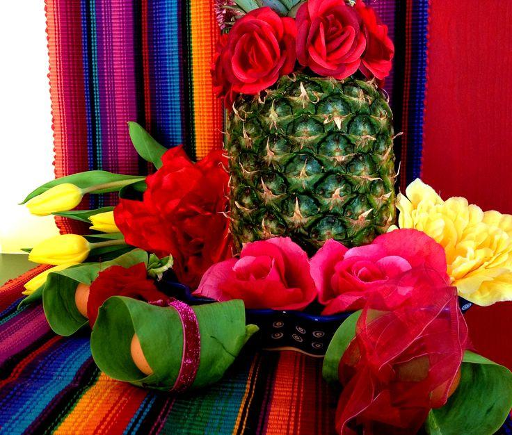 3 forelements pomysly na wielkanocne dekoracje swiateczny stol easter deoration ideas holiday table interior design bold saturated colors projektowanie kolorowy wystroj wnetrz boho etno