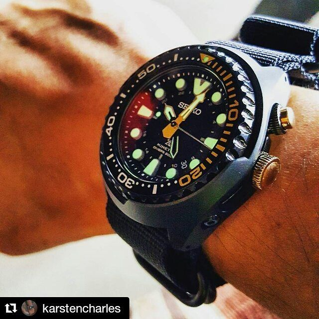 #Repost @karstencharles with @repostapp ・・・ Happy weekend folks ✌ #watch #watches #watchfarm #watchporn #instawatch #diverwatch #wristcheck #wristshoot #watchuseek #dailywatch #watchid #seiko #seikodiver #seikoprospex #prospex #wristwatch #sun045 #seikokinetic #seikoanniversary50th #natostrap #zulustrap