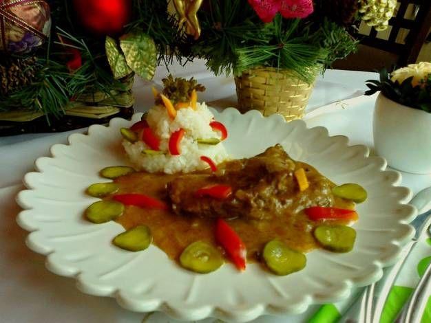 Újévi marhahús szelet karamellen és pezsgővel