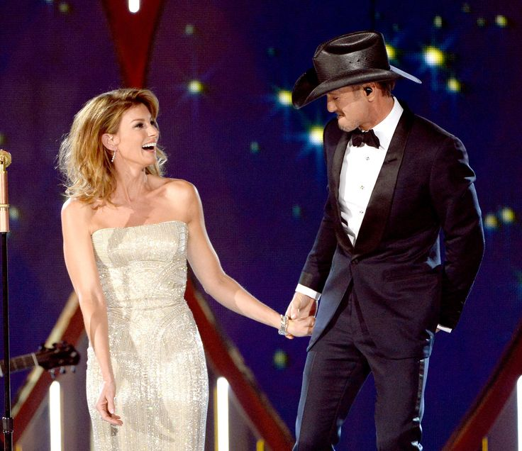 Today In History Country Music Royalty Tim McGraw And Faith Hill Get Married