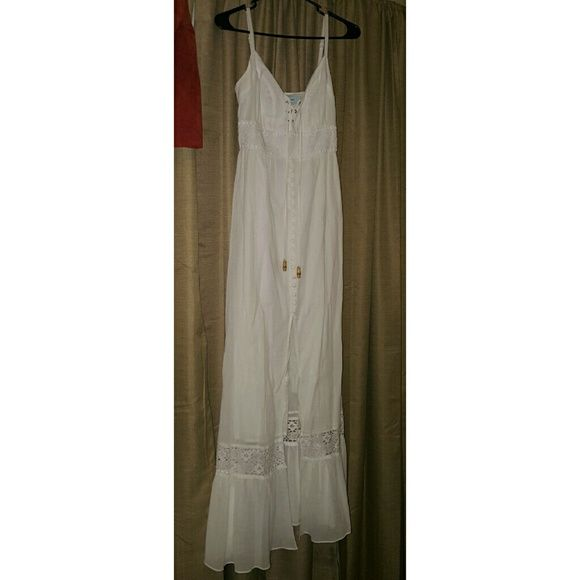 Guess by Marciano maxi dress xs White GUESS BY MARCIANO maxi dress Guess by Marciano Dresses Maxi