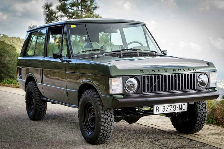 """1,085 Likes, 16 Comments - Range Rover Classic project (@rrclassicpro) on Instagram: """"@Regrann from @thecoolcars.nl -  #landrover #rangeroverclassic #rangerover #restoration…"""""""