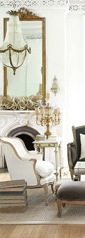 French Antiques and Interiors ● Living room