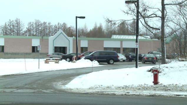 #Décès d'un homme durant son transport vers l'hôpital après un refus du CLSC - ICI.Radio-Canada.ca: ICI.Radio-Canada.ca Décès d'un homme…