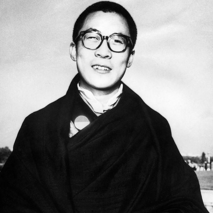 Human note timeline photos dalai lama tibetan