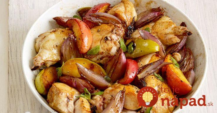 Vyskúšajte vynikajúcu kombináciu šťavnatého mäska, jabĺk a opečenej cibuľky. Budete sa len tak zalizovať!