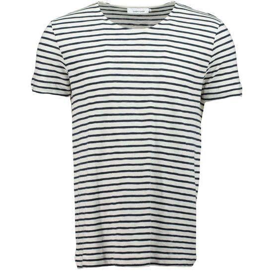 SAMSØE & SAMSØE T-Shirt 'Huso' mit Streifen ► Das T-Shirt HUSO von SAMSOE & SAMSOE ist mit seinen bretonischen Streifen die richtige Wahl für sommerliche Kombinationen. Mit schlichtem Schnitt und reiner Baumwolle sorgt es für ein angenehmes natürliches Tragegefühl.