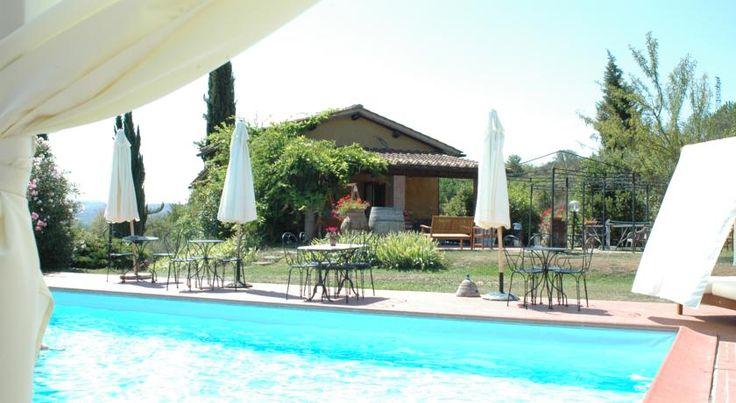 Podere dell'Anselmo is gevestigd in een kleine boerderij en biedt een kookschool, zwembad en zelfstandige appartementen.