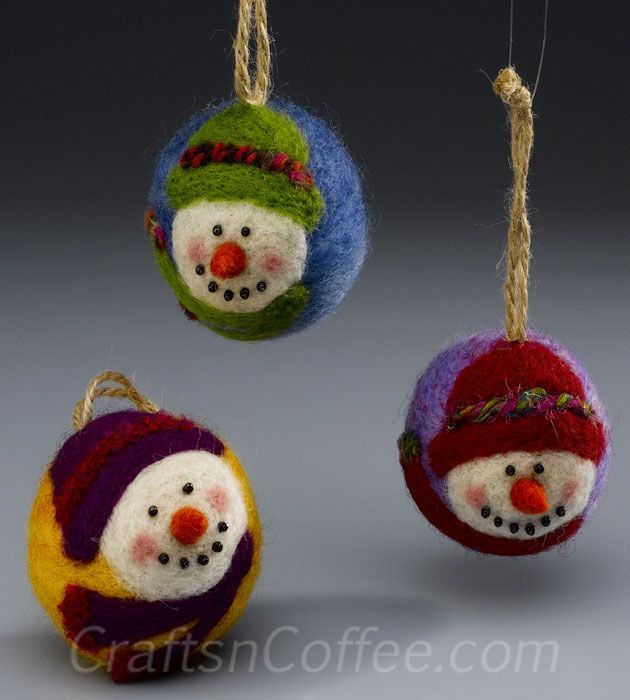 How to make needle-felted snowman ornaments for you and for gifts --- soooo adorable! Thanks Craftsncoffee, Candie Cooper McCoart, and Sharon Currier!!!