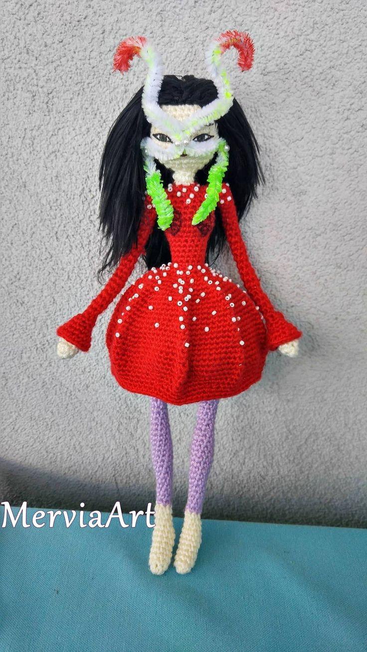 Amigurumi Crochet Björk doll with James Merry Headpiece by MerviaArt by MerviaArt on Etsy