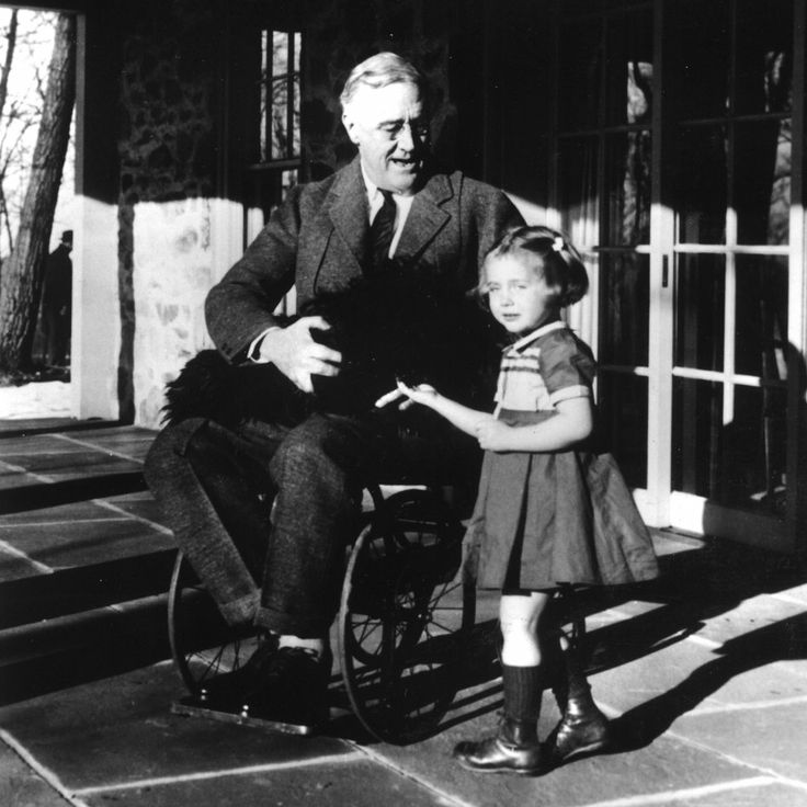 battling the great depression with fdr s Get an answer for 'how did franklin roosevelt's philosophy differ from herbert hoover's' and find homework help for other great depression and new deal questions at enotes.