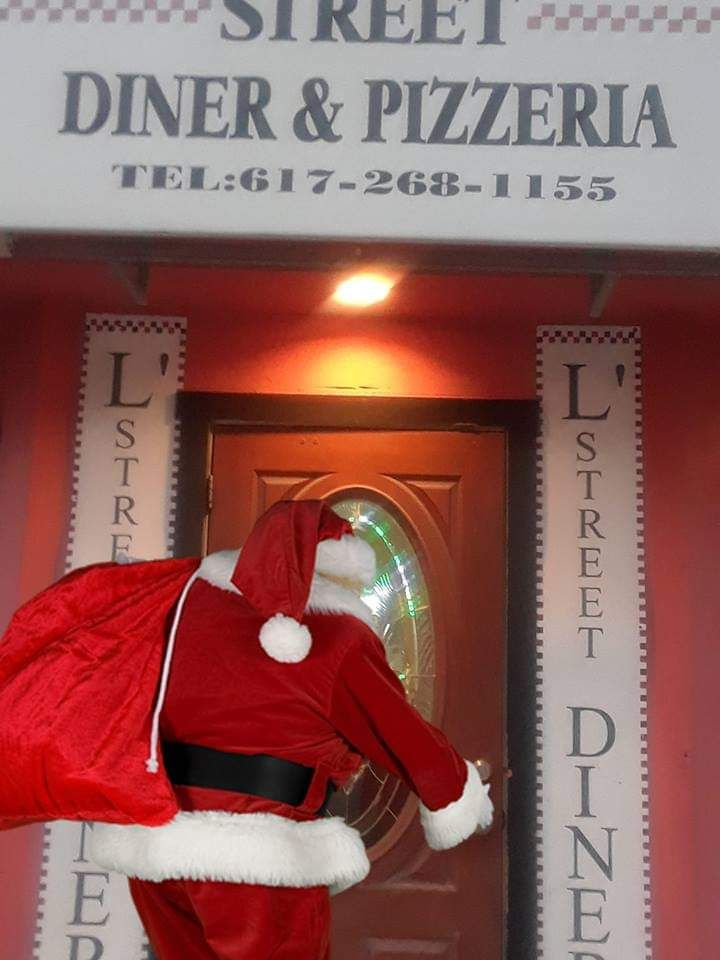 Santa Claus Is Coming To L Street Diner Pizzeria Www Lstreetdinerandpizzeria Com Diner Good Pizza Street