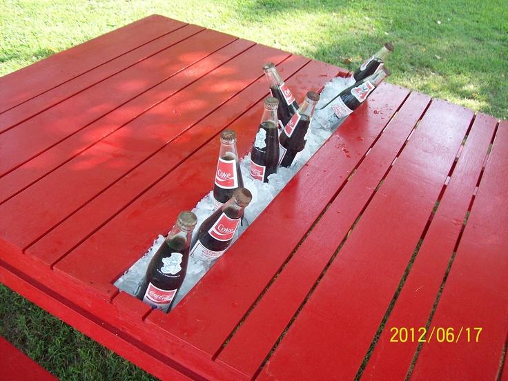 Picnic Table With Drink Cooler Made From Pallets And A