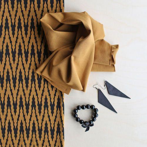 VIRTA, Nutmeg - Black | NOSH Women Autumn 2016 Fabric Collection is now available at en.nosh.fi | NOSH Women syysmalliston 2016 uutuuskankaat saatavilla verkosta nosh.fi