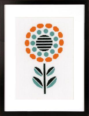 PN-0161613  Broderipakning - Billede - Abstrakt blomst II    Design: Vervaco    Str. 14 x 25 cm.    Broderes med korssting på hvid Aida str. 5,4 tråde pr.cm. efter sort/hvidt tællemønster.