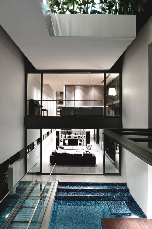 Modern three-storey single family residence designed in 2012 by HYLA Architects in Singapore. #home #design #architecture