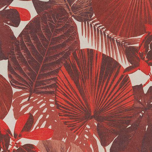 Djungelinspirerad tapet i härliga röda nyanser från kollektionen Oxygen OXY002. Klicka för att se fler läckra tapeter för ditt hem!