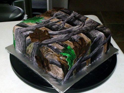 square camo wedding cake