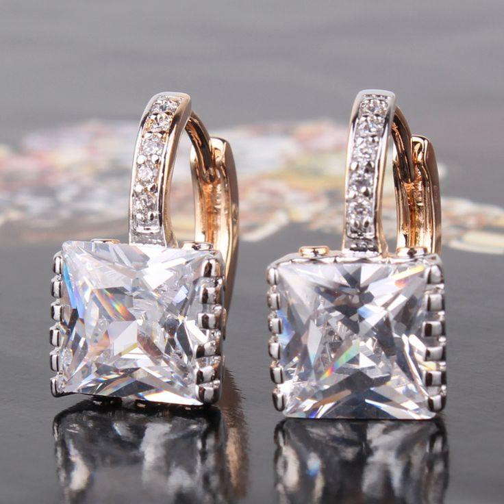 Дешевое Хорошее качество! Новые женские серьги кольцами с блестящим драгоценным камнем, покрытые золотом в нескольких тонах, свадебное украшение 2014, бесплатная доставка, E302d, Купить Качество Серьги-кольца непосредственно из китайских фирмах-поставщиках:         $3.60       Пара              $3.62       Пара              $3.92       Пара