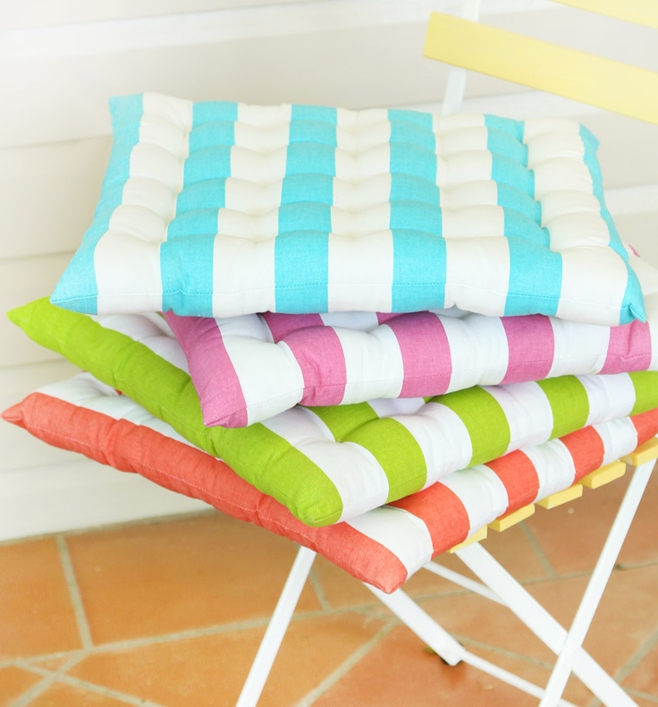 Cushions for the kitchen chair - in aqua