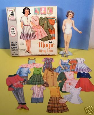 Paper dolls, beautiful. This was so much fun.