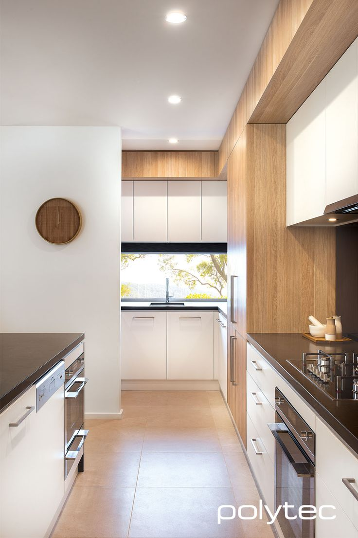 Beautifully designed kitchen in polytec Natural Oak RAVINE and Crisp White LEGATO doors and panels. Super Matt and woodgrain.