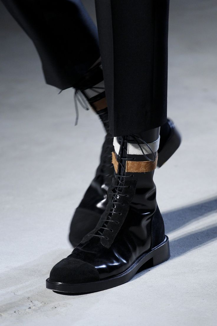 Raf Simons Fall 2016 Menswear Accessories Photos - Vogue