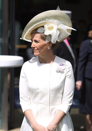 HRH The Countess of Wessex at Royal Ascot day 2, wearing an ivory bespoke hat by Jane Taylor Millinery.  #passion4hats