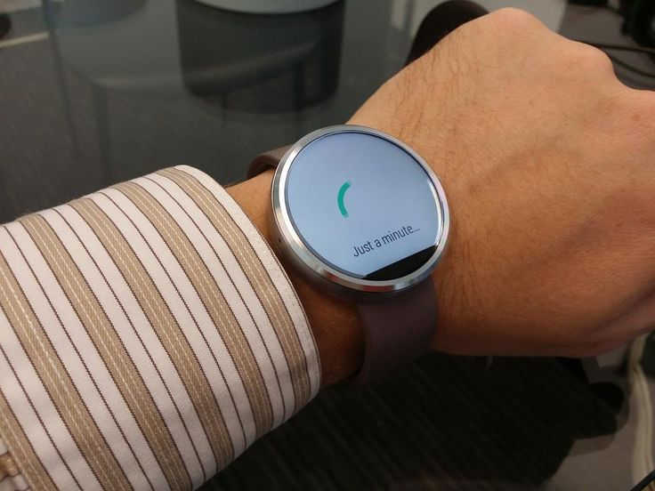 Moto 360 Android Wear Watch Unboxing and Setup Tips