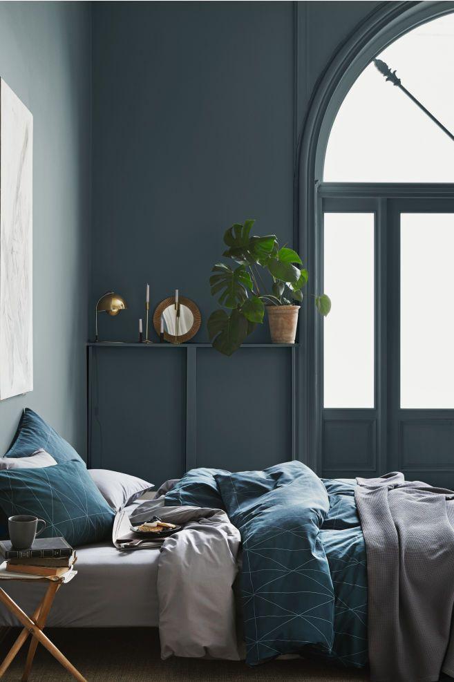 # Affiliate-Link # Werbung | dunkelblaues Schlafzimmer skandinavisch, Design, …   – bedroom | furniture, decoration & design