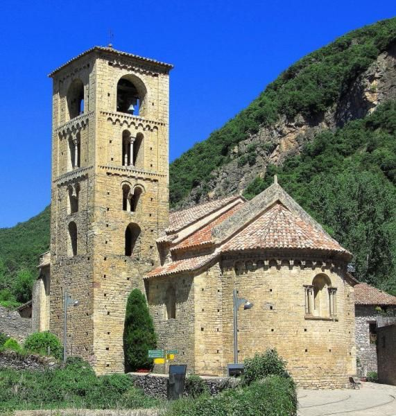 Beget, provincia de Girona - Iglesia románica de Sant Cristòfol