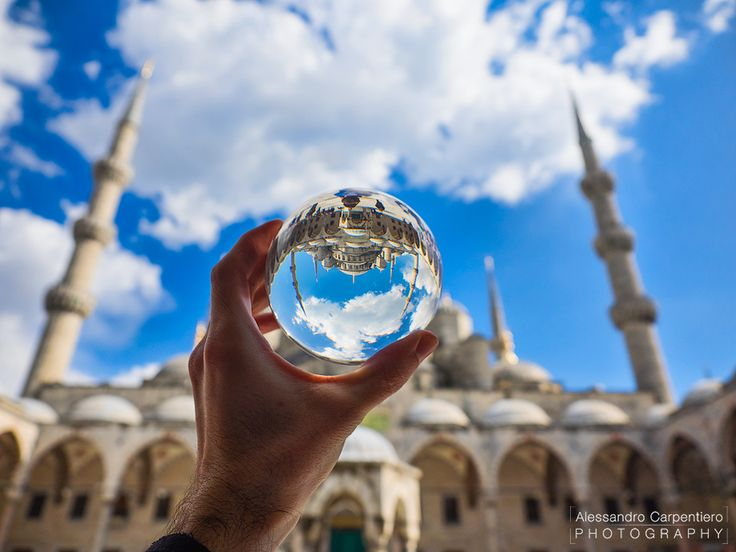 Today we discover Istanbul and how to take beautiful pictures about it with the suggestions of our blogger Alessandro Carpentiero: http://bit.ly/1UKxAH3 #manfrotto #befree #pixi #travelphotography