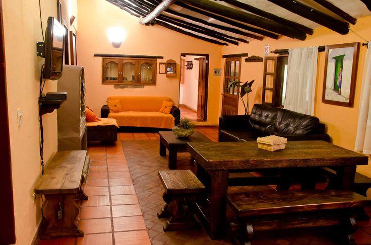 CABAÑA DULCES SUEÑOS Anaka Cabañas Villa de Leyva @Ana Arreola Cabañas Somos un complejo de cabañas ubicadas en #VilladeLeyva Reservas: 310 259 4562 - 321 451 368 #Turismo #cabañasturisticas #anakacabañas #hospedaje #confort #hoteles #colombia #Boyaca