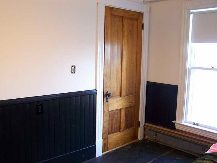 How to Painted Wainscoting - http://www.cssgal.com/how-to-painted-wainscoting/ : #Wainscotings Wood-paneled walls have a perimeter with wood paneling covering the lower part of the wall 3 feet. Wainscoting can present a variety of designs from simple flat panels for relief panels more dimension. After installation of new wood panels or when you want to decorate, paint a wall panel coated...
