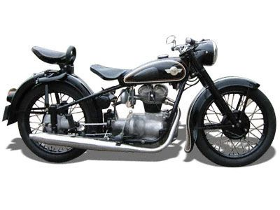 AWO 425 T (DDR 1950 - 1961)  Technische Angaben: Motor: 1-Zylind.Viertakt Hubraum: 247 ccm Max.Leistung:8,8 kW bei 5500 U/min Getriebe/Antrieb: 4 Gang / Kardan Bremsen: Trommelbremse Simplex / Ø 180 mm Leergewicht: 140 kg zul. Gesamtgewicht: 300 kg Tankinhalt / Reserve: 12 Liter / 2,0 Liter Farben: rot-schwarz, schwarz-schwarz Vmax: ca. 104 km/h