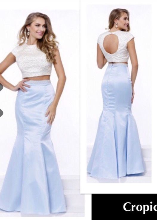 This GORGEOUS 2 Piece is coming in again tomorrow.  New With Tags Size Medium & only $185.00 Designer Consigner Boutique 6329 S. Mooresville Road Indianapolis, IN 46221 317-856-6370 317-979-9628-Text Option #Indiana #Indianapolis #Indy #DesignerGowns #DesignerDresses #Formals #FormalGowns #FormalDresses  #Prom #PromGowns #PromDresses #Prom2017 #Prom2K17 #MilitaryBall #MilitaryBalls #Pageants #PageantGowns  #TwoPieceGowns #TwoPieceDresses #DesignerConsignerBoutique #SmileyProm