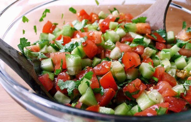 Deliciosa Ensalada Diurética de Pepino y Tomate. - Vida Lúcida