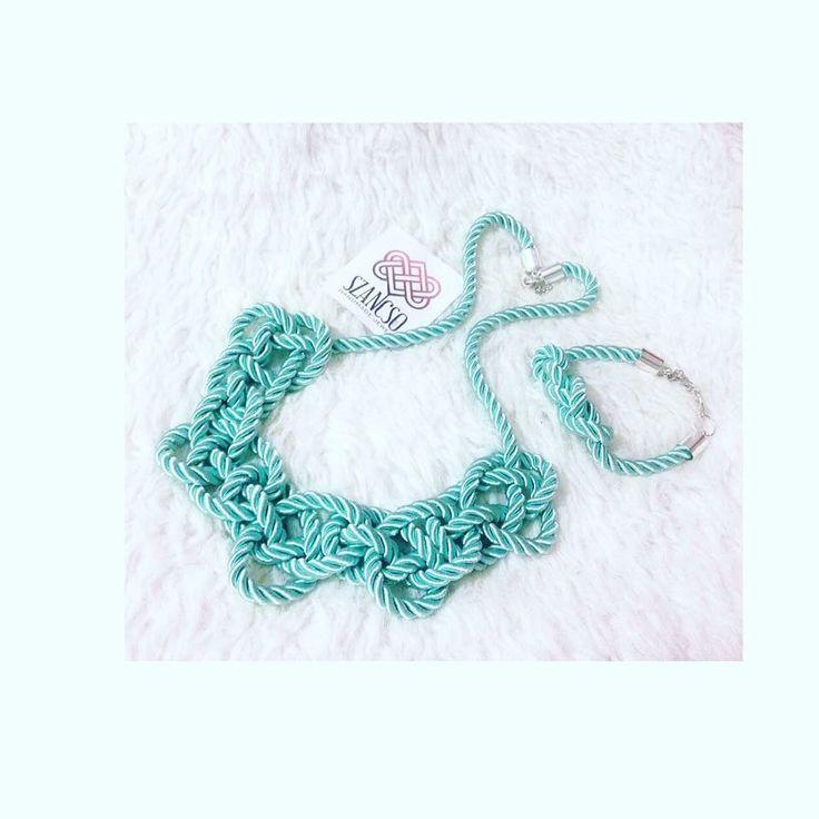 Handmade mintgreen necklace and bracelet